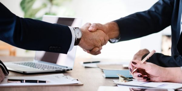 agreement-business-businessmen-886465-1024x683